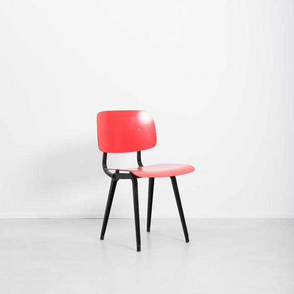 Friso Kramer Revolt Chair  photo 1
