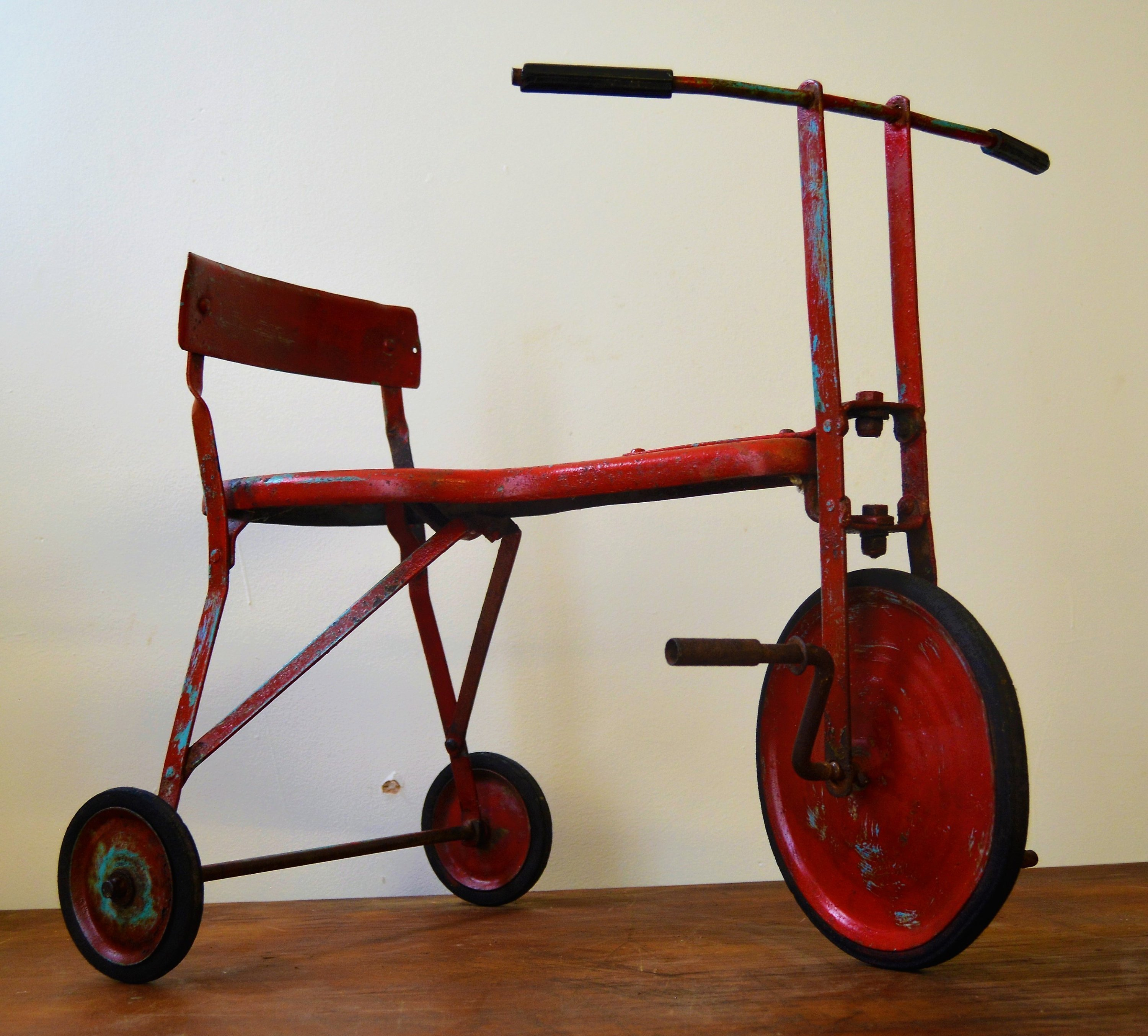 1960s Chids Toy Pedal Vintage Tricycle Cycle Bicycle Old Antique Industrial Triang Old Kids Decor Vinterior