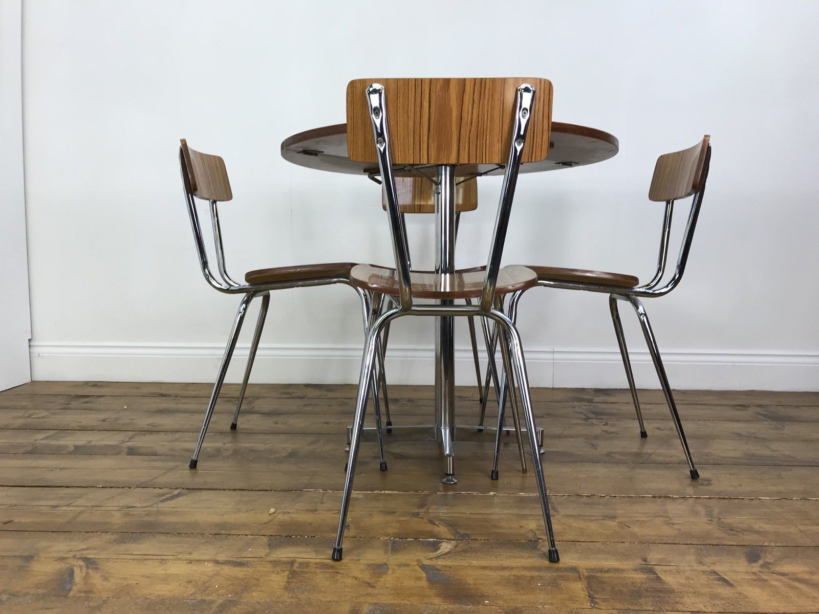 Image of: Fantastic Retro Dining Table And Chairs Vintage Chrome Drop Leaf Compact Vinterior