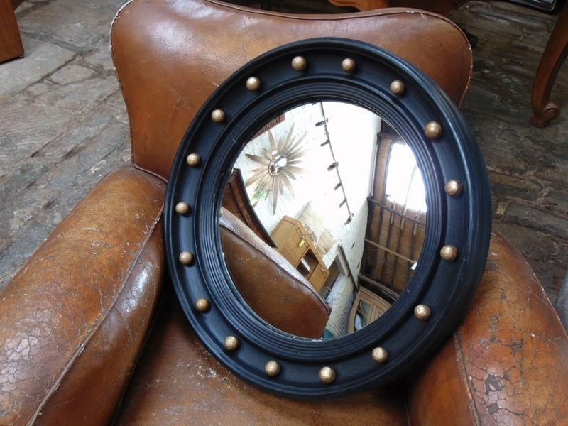 Large Convex Butlers Porthole Mirror photo 1