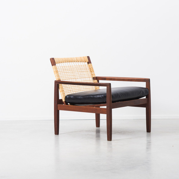 Hans Olsen Rattan Backed 519 Arm Chair