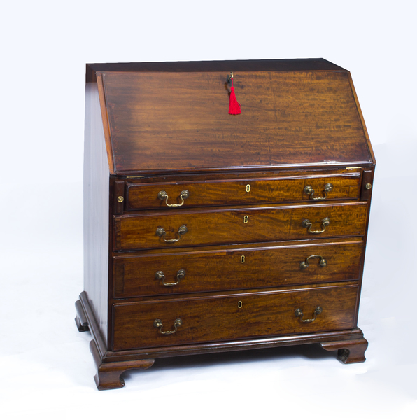 Antique English George Iii Mahogany Bureau C.1780 photo 1