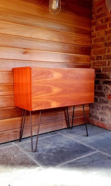 Tapley 33 Record Cabinet By Beaver & Tapley
