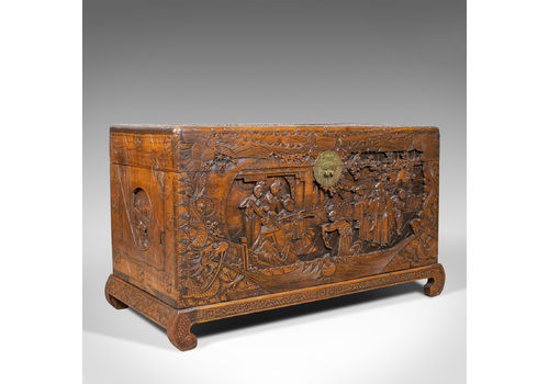 100% True Antique Vintage Mill Chest Original Paint Coffee Table Bed End Chest Be Novel In Design Antique Furniture