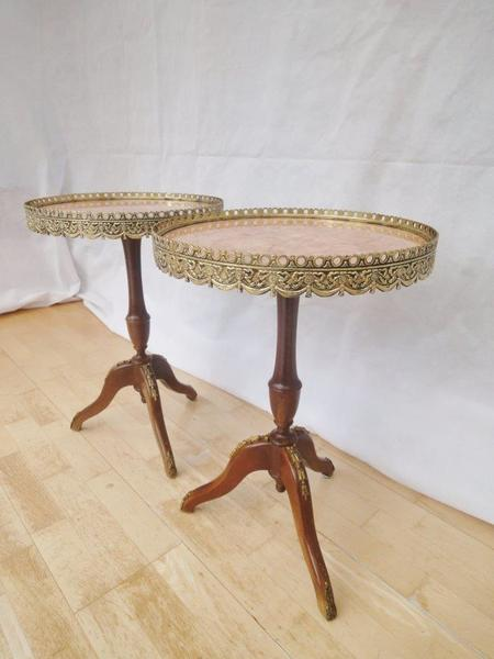 Pair Of Epstein Antique Style French Mahogany Marble Top Side Tables photo 1