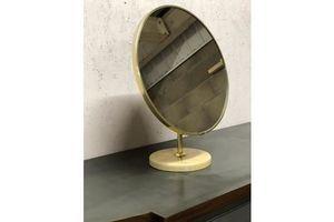 Thumb a schreiber vintage round vanity mirror 1960s 70s 782825ad cc94 4b89 95e2 7b924559c8df 0