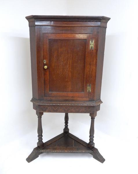 18th Century Antique Oak Corner Cupboard photo 1