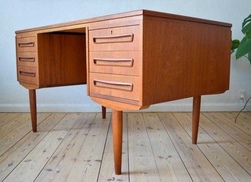 Mid Century Danish Ap Svendstrup Teak Desk. 1960s.