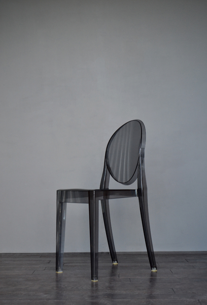 Original Smoked Victoria Ghost Chair By Philippe Starck For Kartell Made In Italy