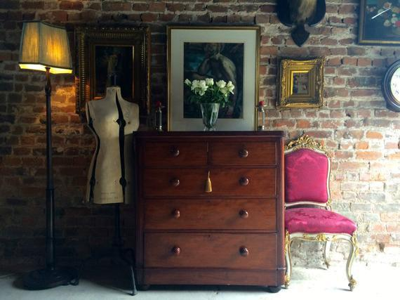 Large Antique Mahogany Chest Of Drawers 19th Century