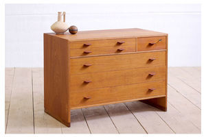Thumb ry16 chest of drawers by hans wegner 0
