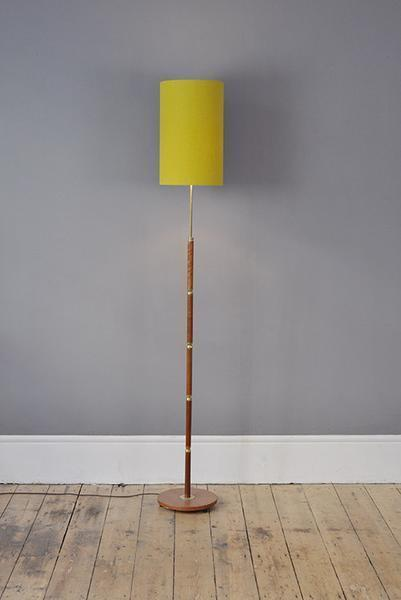 Floor Lamp With Brass Detailed Notches photo 1