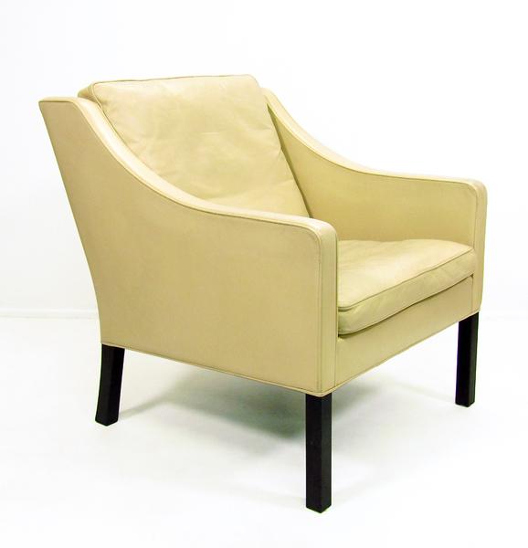 Danish Model 2207 Chair By Borge Mogensen