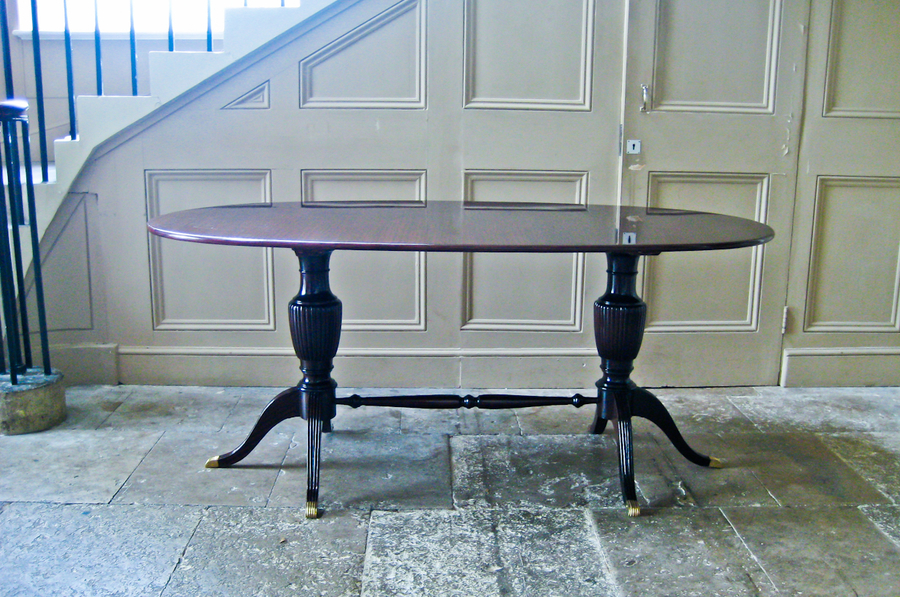 Beautiful Italian Oval Dining Table In The Style Of Paolo Buffa photo 1