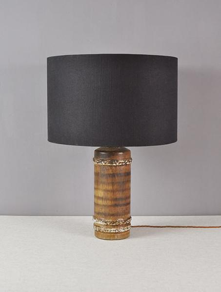 Ceramic Lamp Stand With Textured Strip