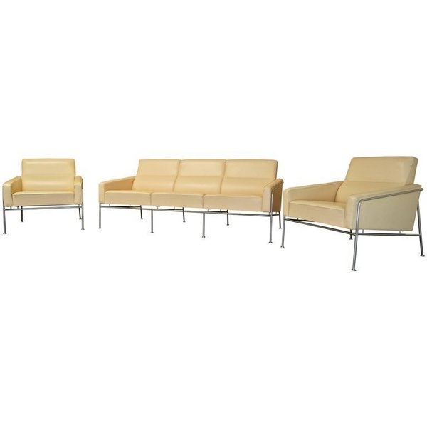 On Hold   Arne Jacobsen 3300 / 3303 Lounge Suite   3 Seater Sofa & Pair Of Leather Lounge Chairs
