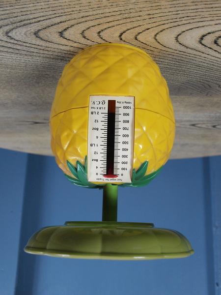 Vintage Retro Mid Century 1960s Pineapple Kitchen Scales