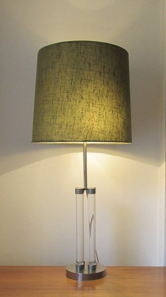 Italian Vintage Lucite Table Lamp Rega