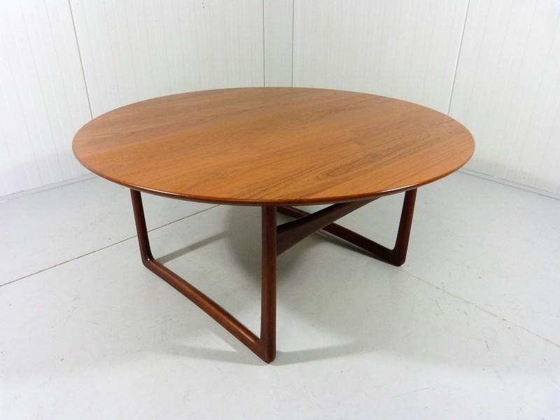 Big Teak Round Coffee Table By Peter Hvidt & Orla Mølgaard Nielsen