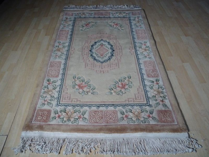 """Chinese Tientsin Carved Pile Hand Made Carpet Or Rug In Pale Gold  Wool 6ft 2"""" X 4ft"""