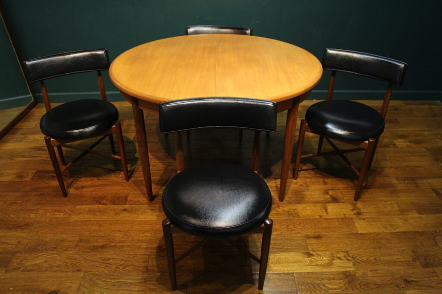 Clean G Plan 1960s Teak Circular Dining Table With 4 Chairs Vinterior