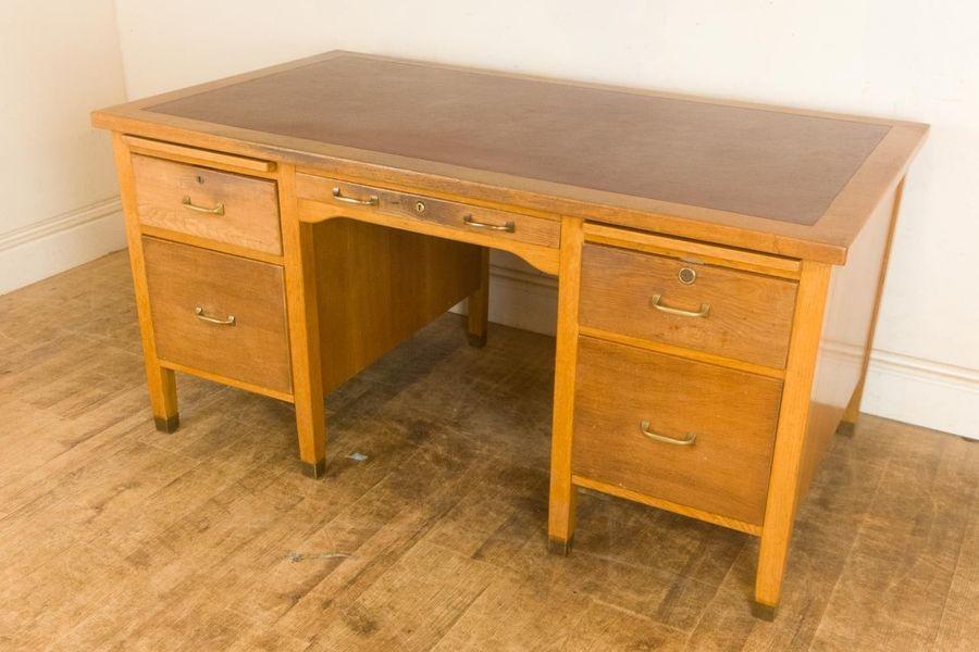 Mid Century Mod Large Oak Desk