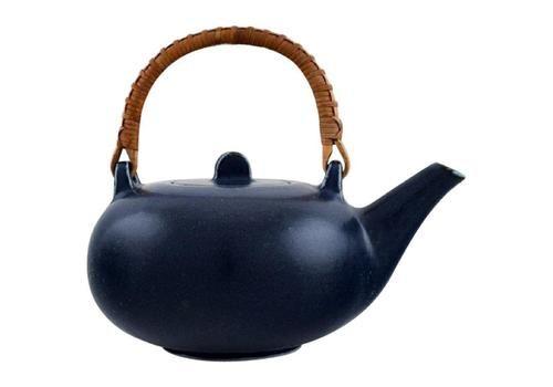 Eva Stæhr Nielsen For Saxbo, Teapot In Glazed Ceramics With Handle In Wicker