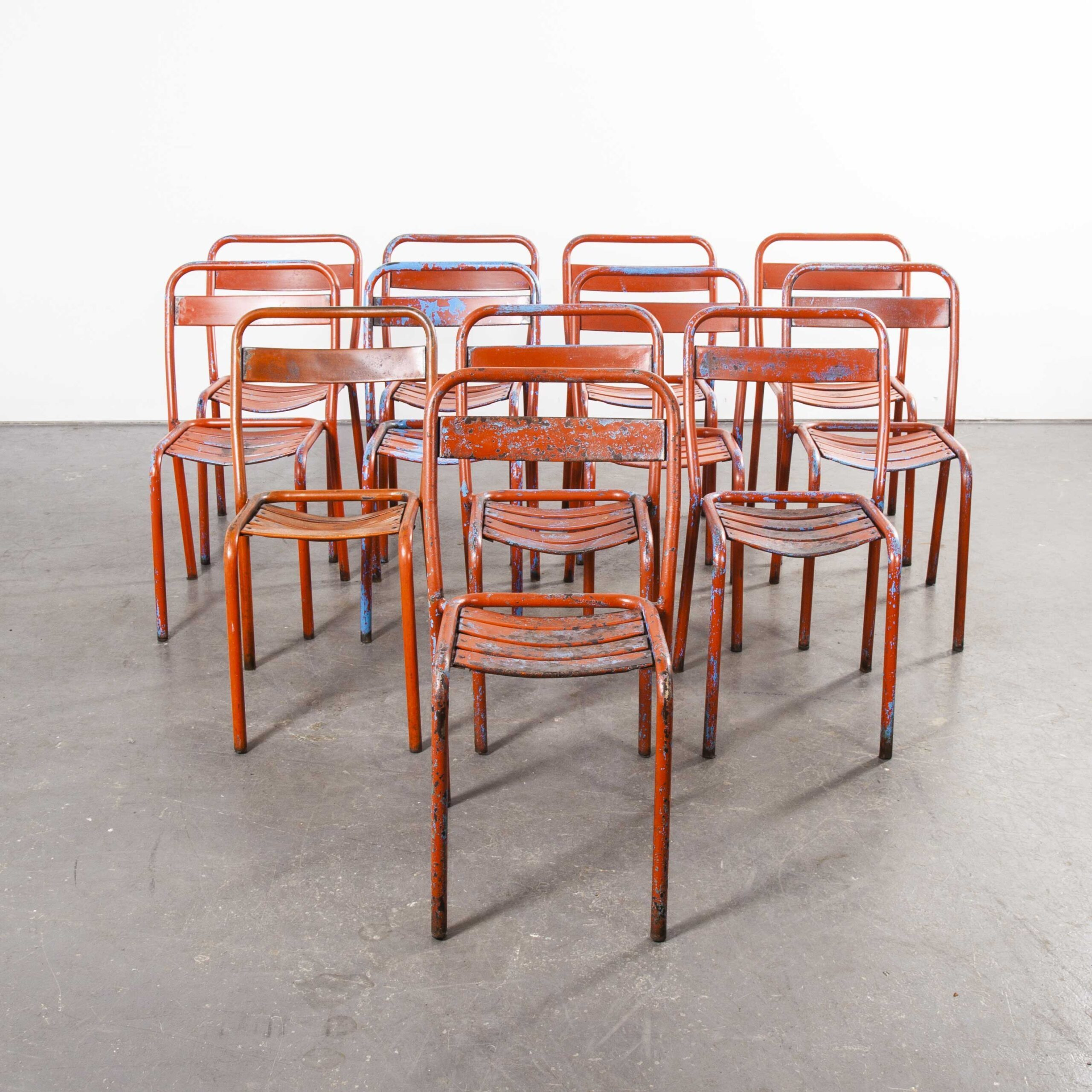 Picture of: 1950s Original French Tolix T1 Red Metal Caf Outdoor Dining Chairs Set Of Twelve Vinterior