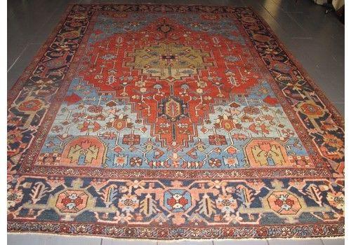 Very Attractive Heriz Carpet, 3.38m X 2.46m