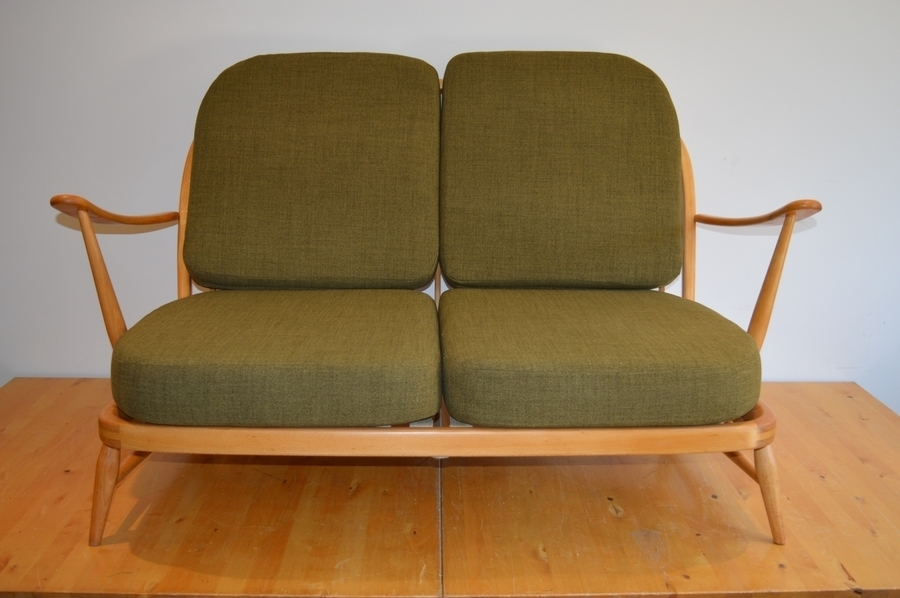 Vintage Ercol Windsor 203/2 Seat Sofa In Soft Green