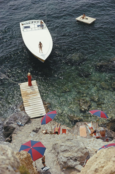 """'Coming Ashore' Slim Aarons 40x30"""" Inches C Type Print Framed White"""