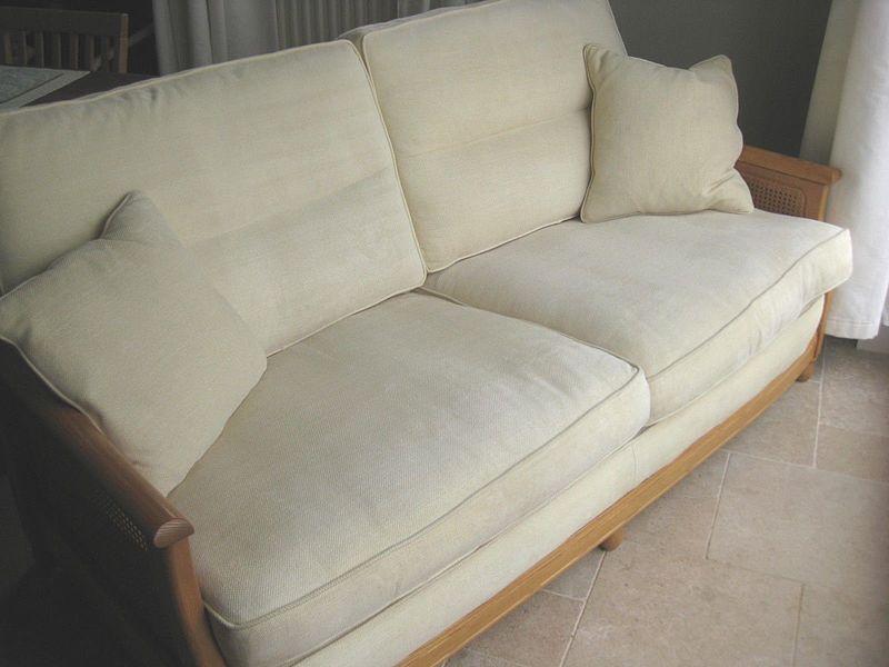 Ercol Bergere Light Elm Cream Ivory Fabric.Sofa